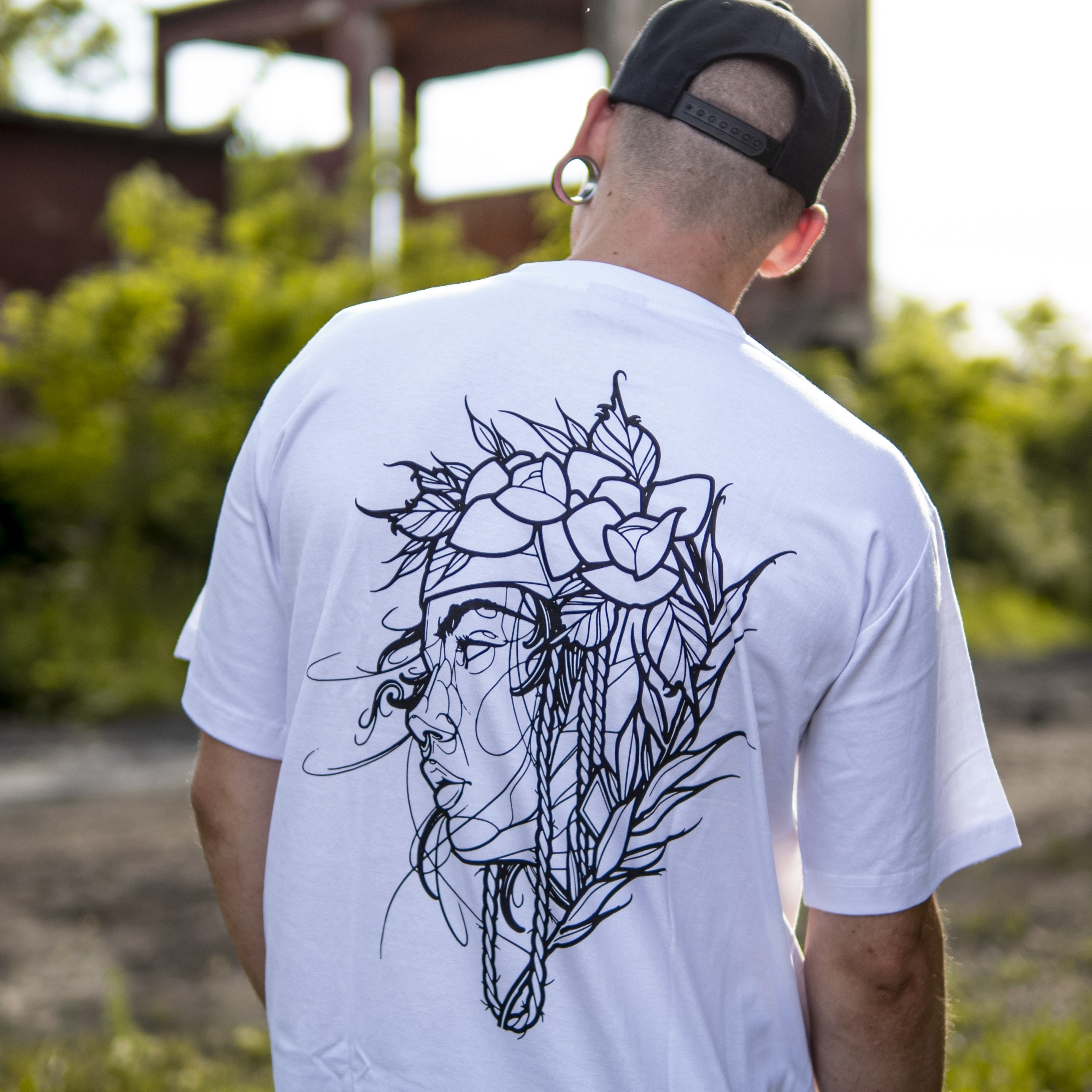 DEABLOOM X FLEXX T-SHIRT WHITE